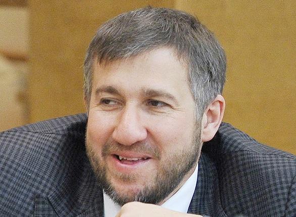 По доходу в Думе лидируют Григорий Аникеев, Николай Борцов и Леонид Симановский