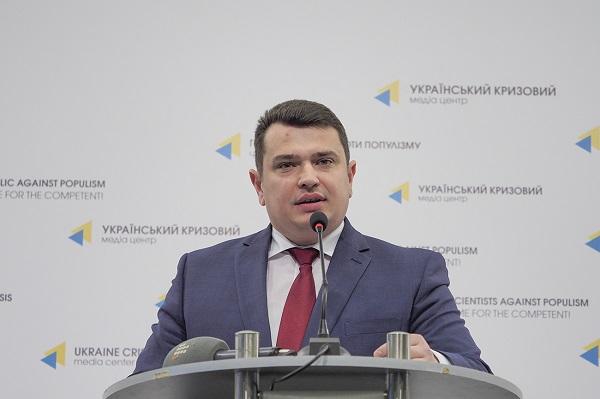 Крючков обвинил главу НАБУ Сытника в получении 500 тысяч долларов в качестве взятки