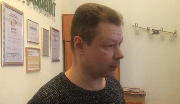 Главреда и сотрудников «Росбалта» вызвали на допрос по делу о клевете на Усманова