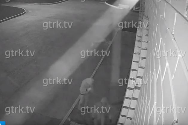 Видео с избиением сторожа церкви в Стерлитамаке попало в СМИ. Мужчина в тяжелом состоянии в больнице