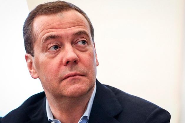 Медведев увидел шанс на улучшение отношений с Украиной при Зеленском
