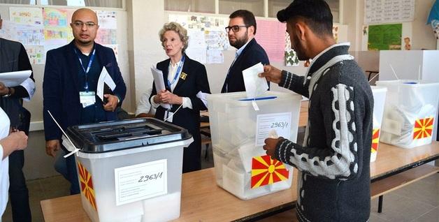 Президентские выборы в Македонии: известно, кто прошел во второй тур