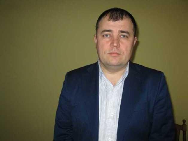 Глава Коростенского района пытался торговать землей