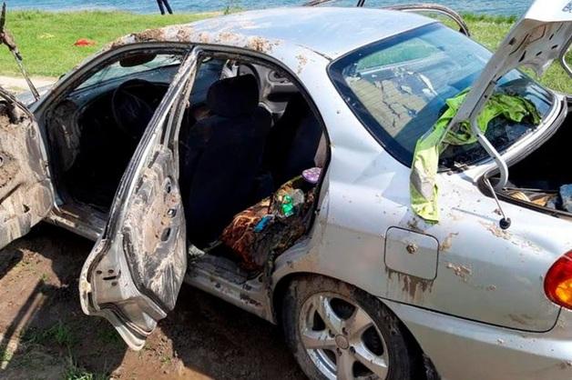 Пять человек погибли в Ростовской области в упавшем в реку автомобиле