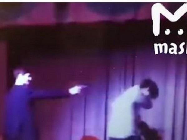 Станиславский бы поверил: в Москве школьник на репетиции расстрелял партнера по спектаклю