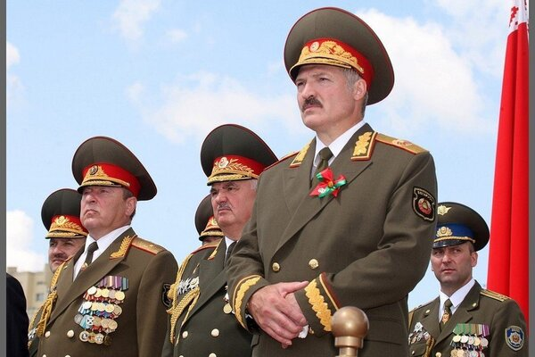 За связи с Россией? В Беларуси взяли под стражу бывшего друга Лукашенко
