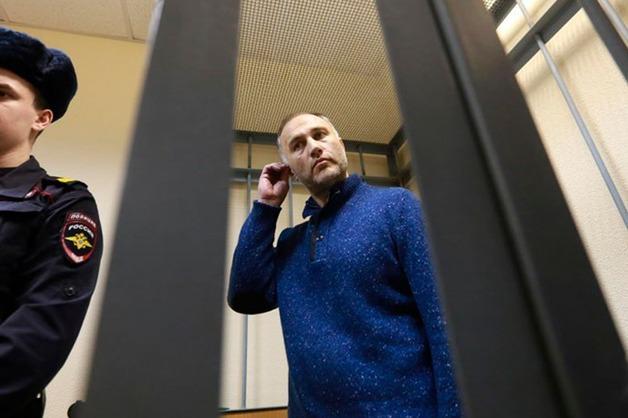 Бывшему вице-губернатору Петербурга Оганесяну вновь продлили арест