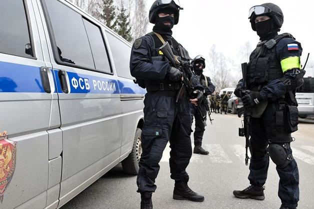 ФСБ при поддержке Росгвардии провела в Москве массовые задержания силовиков и страховых агентов