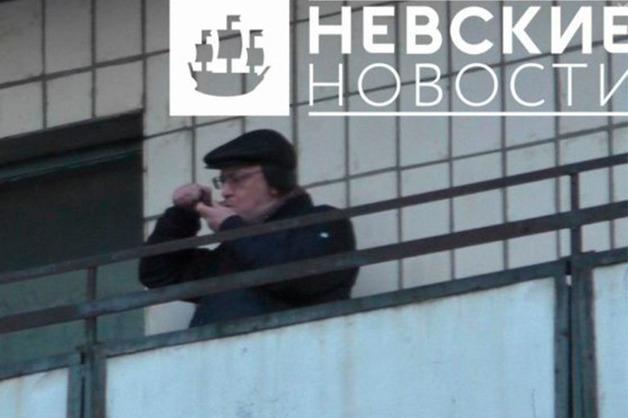Шоумена Барецкого попросили опубликовать видео с курящим «травку» депутатом Резником