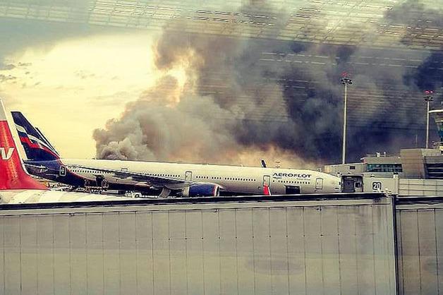 Опубликовано новое видео катастрофы самолета SSJ-100 в Шереметьево