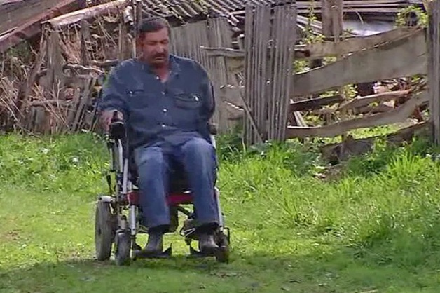 В Башкирии оштрафовали инвалида без ног и одной руки за некошеную траву
