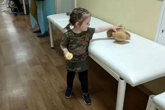 Полиция задержала мать брошенной в поликлинике Москвы девочки