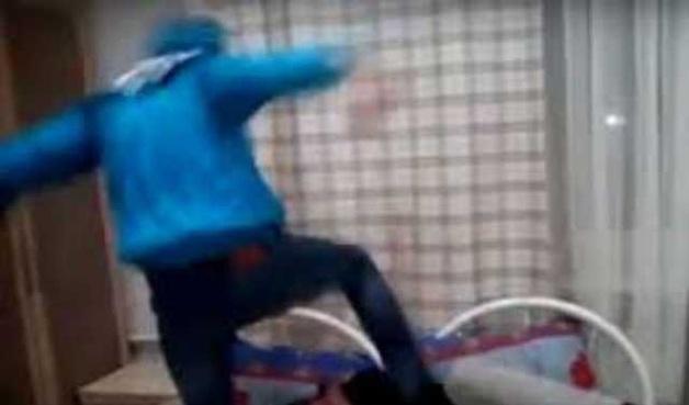«Убей его»: В Новосибирске студенты избили подростка за изнасилование малолетней