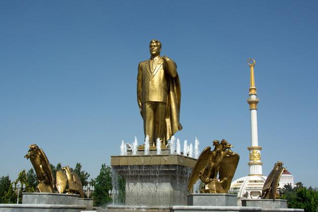 Как Туркменистан кидает своих друзей