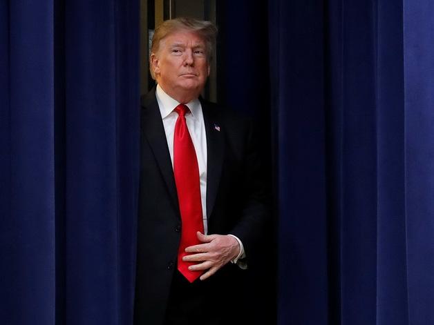 Трамп обвинил в измене бывших руководителей ФБР