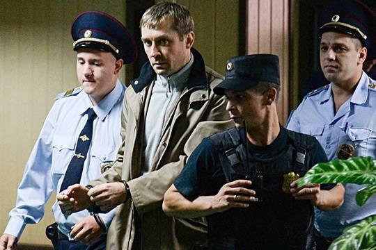 Как полковник-миллиардер Дмитрий Захарченко связан с Нота-банком и Ростехом Сергея Чемезова