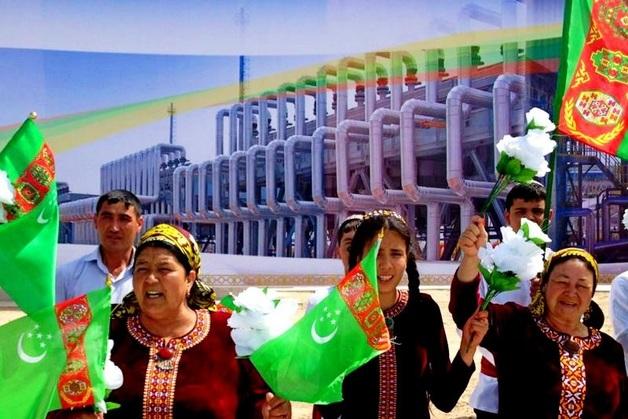 Почему не платит Туркменистан и к чему это приводит