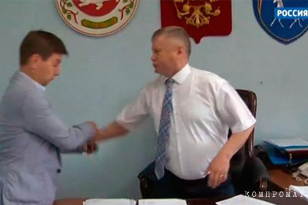 СКР возбудил уголовное дело после нападения главы района в Хакассии на корреспондента «России 24»