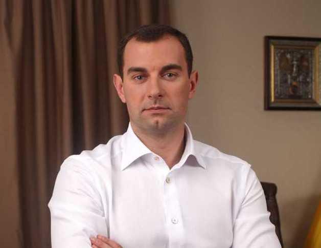 Простой парень из Макеевки Валерий Омельченко и дьявольская семейка Джарты на низком старте во власть