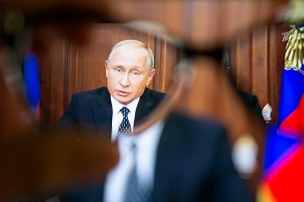Кремль выразил недоумение по поводу данных о рекордном падении рейтинга доверия Путину