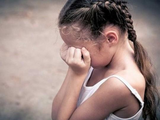 В РФ чиновник-педофил насиловал 5-летнюю девочку и снимал происходящее на видео