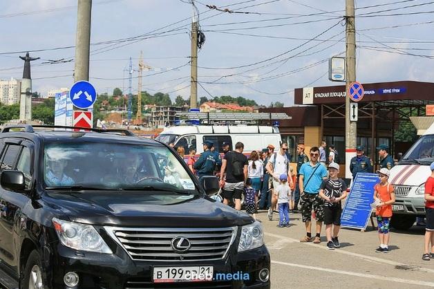 «Бред полнейший»: Якубович о своей езде по тротуару в Чебоксарах