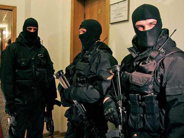 Задержаны рейдеры, отжавшие гранитные карьеры с помощью чиновников Госгеонедр
