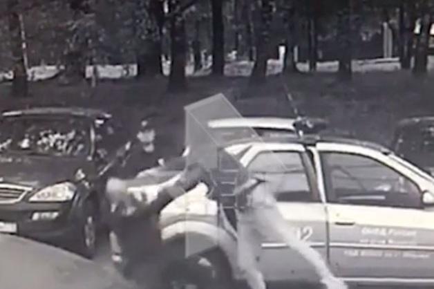 Подросток сломал нос полицейскому в Москве