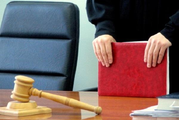 ГПУ подозревает судью в сговоре со скандальным застройщиком Репой