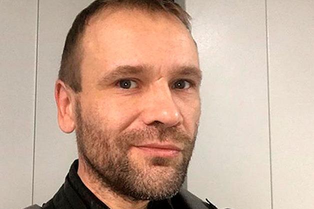 Экс-ведущий MTV Михаил Рольник отравился алкоголем и впал в кому
