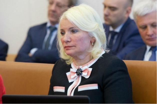 Дочь главы счетной палаты Красноярского края обратилась за помощью к Путину