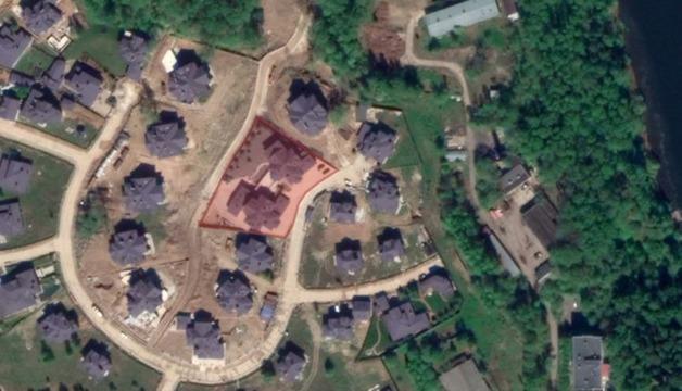 Сотрудники ФСБ, которых называют заказчиками дела Голунова, оказались соседями «крышуемых» ими похоронщиков