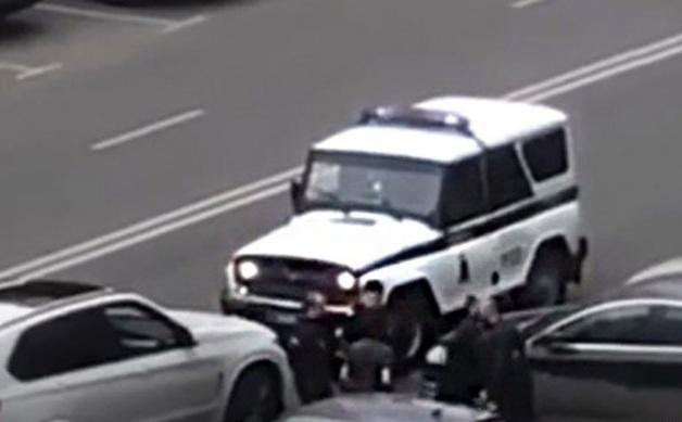 В Красногорске дебошир «боднул» полицейского головой до сотрясения мозга