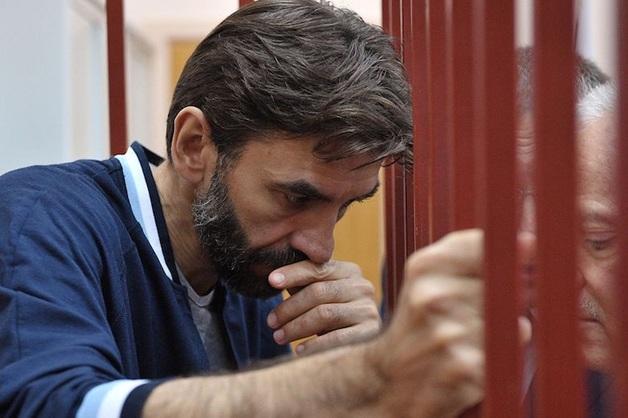 Суд арестовал ценные бумаги экс-министра Открытого правительства Абызова