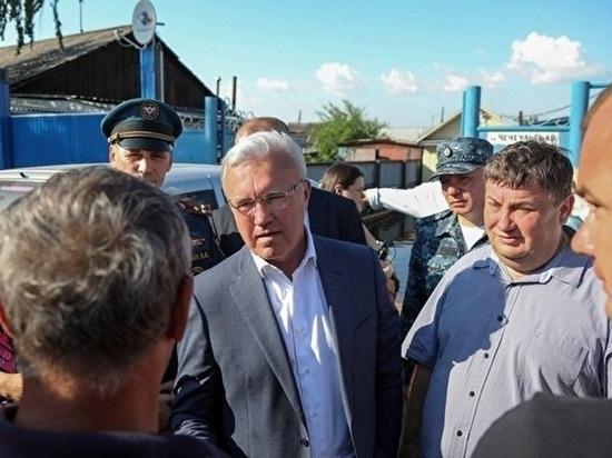 Губернатор Красноярского края пострадавшим от паводка: «Права хотите качнуть?»
