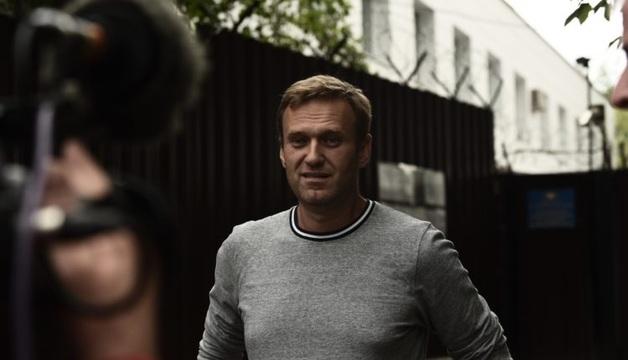 Навальный вышел из-под стражи после 10 суток ареста за акцию в поддержку Голунова
