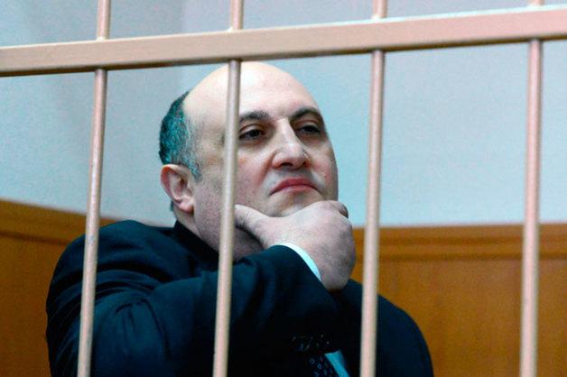 Бывшему замглавы Новгородской области увеличили тюремный срок за взятку