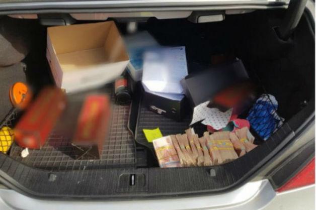 Жителя Ставрополья задержали при передаче сотруднику УФСБ 20 млн рублей