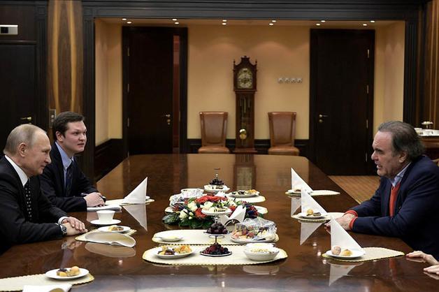 Путин рассказал, из-за чего мог бы освободить президентское кресло