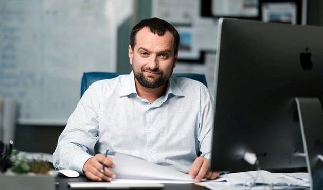 Друг Андрея Богдана без конкурса презентовал проект Офиса президента на Европейской площади