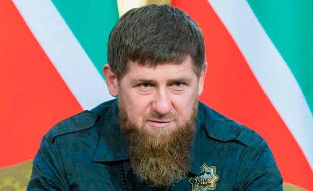 СМИ: Кадыров выстрелил в ногу доставленного к нему в резиденцию боевика