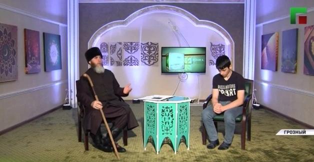 В Чечне 46 минут по ТВ показывали извинения плачущего подростка перед властями