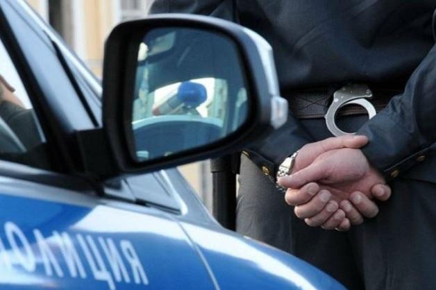В Брянской области пьяный замглавы полиции напал на подростка в баре