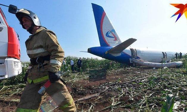 Путин оценил мастерство пилотов «Уральских авиалиний», сумевших посадить самолет в поле