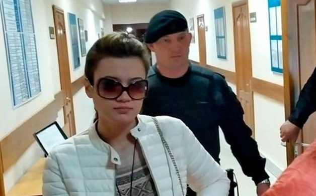 Изнасилованная полицейскими в Уфе девушка-дознаватель потребовала компенсацию в 100 млн рублей