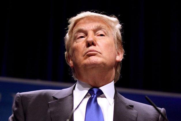 Трамп предложил строить больше психбольниц после массовых убийств в США