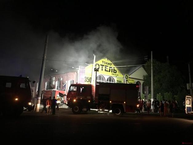 Появились фото и видео смертельного пожара в отеле Одессы
