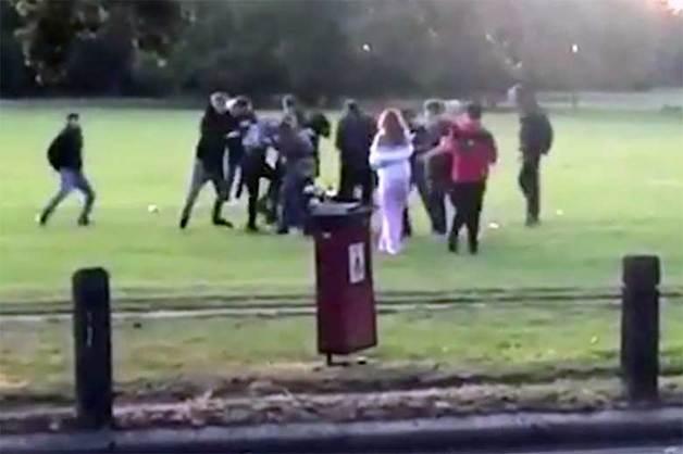 30 мужчин устроили жестокую расправу в Лондоне