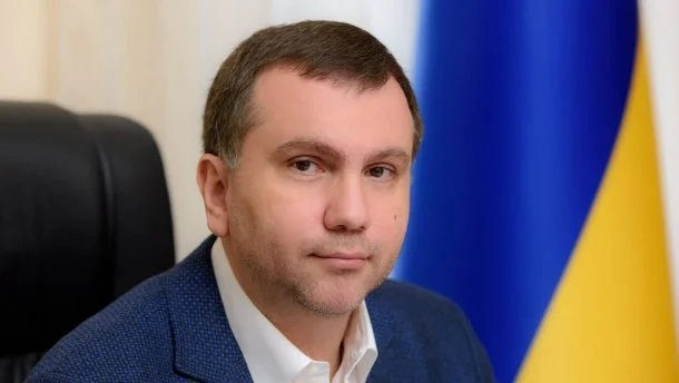 Скандальный судья Вовк ушел с должности