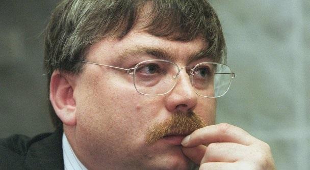Ответственный за мусорную реформу Владимир Логинов не устает показывать себя мастером инновационных подходов